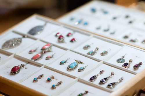 10 Best Online Jewelry Stores Reviewed
